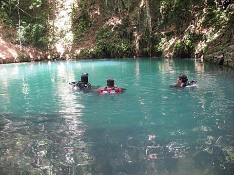Diving in Canawa spring, Candijay